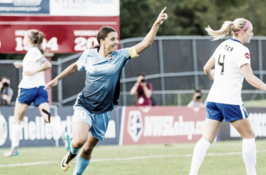 With 43 career goals in the NWSL, Kerr's impressive 2017 performance earns her the Golden Boot. | Source: Jeffrey Auger