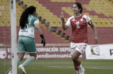 100 sobre 10 el inicio de Fany Gauto en la Liga Femenina