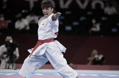 Sandra Sánchez realizando la kata que le vale el oro en Tokio. (Fuente: Olympics)