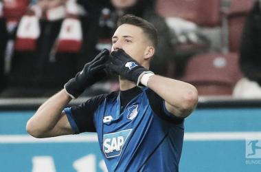 Sandro Wagner festeggia il gol. | Fonte immagine: Twitter @Bundesliga