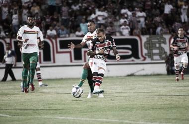 O time pernambucano amarga a lanterna do Grupo A (Foto Rodrigo Baltar/Santa Cruz)<br>