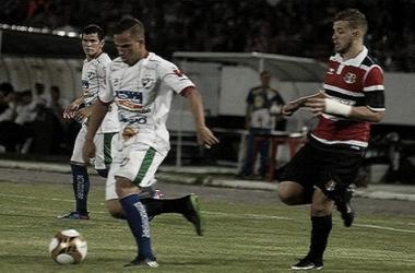 Com o resultado positivo, tricolor joga pelo empate em Salgueiro para confirmar vaga na final do Estadual (Foto: Genival Fernandes/Especial à Vavel Brasil)