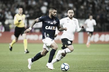 Em jogo marcado por jejuns, Santos recebe o Corinthians pela 29ª rodada do Brasileirão