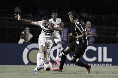 Líder do Brasileirão, São Paulo tenta vitória inédita diante do Corinthians em Itaquera
