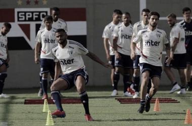 Pressionado, São Paulo enfrenta São Caetano na última rodada do Paulistão