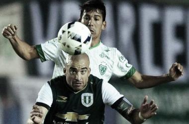 Sarmiento igualó sin goles en su visita a Banfield. Foto: Clarín.