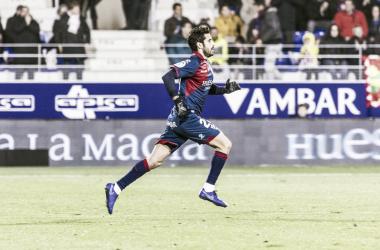 Lluis Sastre con la SD Huesca | Foto: SD Huesca