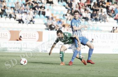 Saul Crespo, en accion durante el partido ante el Toledo la pasada temporada / Foto: Facebook- SD Ponferradina