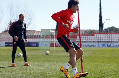 Savic sigue sin entrenar con el grupo y Augusto ya toca balón