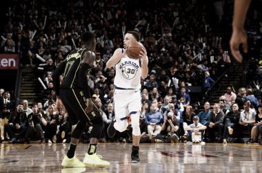 Steph Curry. Fonte: Warriors.com