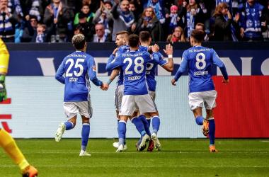 Il sabato di Bundesliga - Lo Schalke ritarda la festa Bayern. Ok Lipsia e Hoffenheim, pari Bayer e Stoccarda | Twitter FC Schalke 04