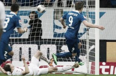 Schipplock faz dois e Hoffenheim vence Sttutgart diante da sua torcida