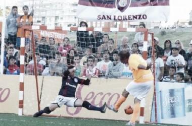 Daniel Scioli anota el cuarto gol de Villa La Ñata (Foto: A Dos Toques Futsal)