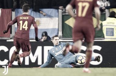Szczesny su Schick in Juventus - Roma - Juventus.com