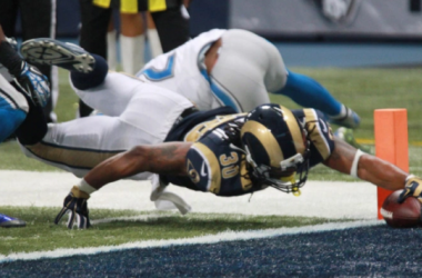 Gurley reaches over the pylon for the touchdown Sunday against the Lions. Photo via Bill Greenblatt/UPI.