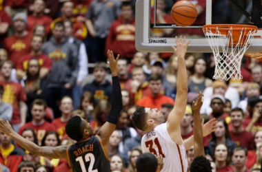 Georges Niang drives to the hoop during the game. Photo courtesy of Charlier Neibergall/AP Photo.