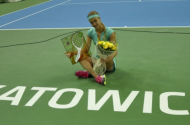Anna Karolina Schmiedlova with the trophy from last year. Source:Katowice Official Site