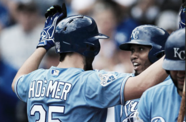 Eric Hosmer's first inning homer led Kansas City to their third straight win. | AP