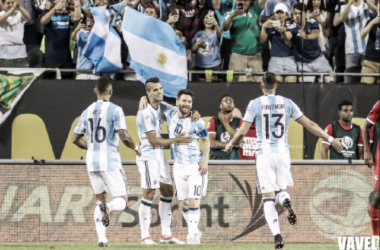 Argentina hope to celebrate a championship tomorrow night .(Photo: Gary Duncan/VAVEL)