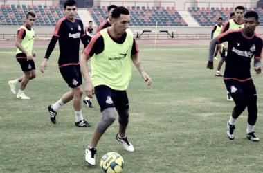 Rai Villa volvió a entrenar con Cimarrones de Sonora tras lesión.