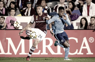 Rodney Wallace and Kortne Ford fighting for possession. | Photo: Major League Soccer