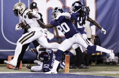 Kamara fue la válvula de ataque para los visitantes / Foto: NFL