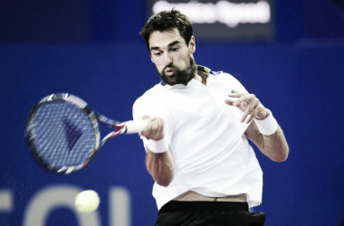 Jeremy Chardy in action en route to defeating Marcel Granollers (Photo: opensuddefrance)
