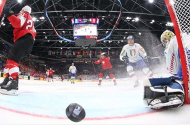 Switzerland demolished Italy to begin Day 2 Bratislava (Photo: ANDRE RINGUETTE / HHOF-IIHF IMAGES)