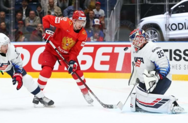 Russia held on to their lead and outlasted Team USA (Photo: Andre Ringuette/HHOF-IIHF IMAGES)