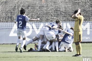 Las jugadoras realistas celebrando el gol del empate de Nahikari. Foto: Giovanni Batista (VAVEL)