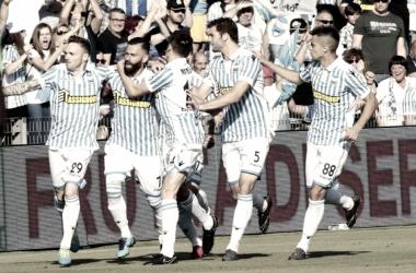 Los juagdores de la SPAL celebrando uno de los goles de Antenucci ante la Sampdoria. / Foto: spalferrara.it