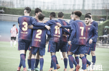 El FCB Juvenil B celebrando un gol ante el Manresa CE. Foto: Noelia Déniz, VAVEL