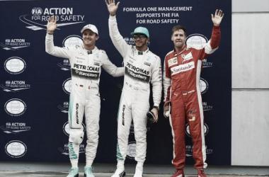 Lewis Hamilton garante a segunda pole position em 2015