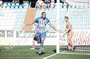 Yuri, celebrando su gol, el primer del partido a los seis minutos. FOTO   Twitter @SDP_1922