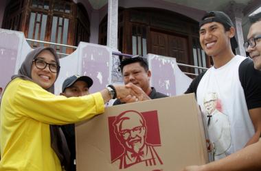 Sean Gelael Ikut Bantu Korban Banjir Di Jakarta