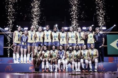 Brasil perde para Estados Unidos e fica com medalha de prata na Liga das Nações Feminina