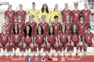 La Selección galardonada con el Premio Rosa Manzano en 2015. Foto: sefútbol