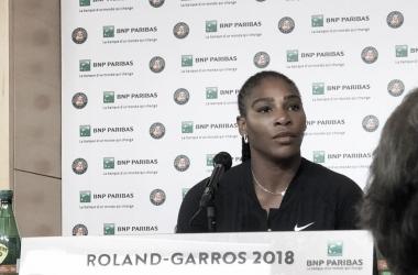 Ao invés da quadra, Serena se dirigiu à sala de conferências para anunciar desistência (Foto: Divulgação/Roland Garros)