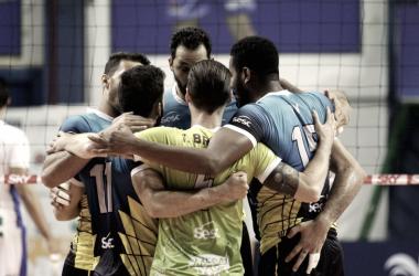 Sesc RJ derrotou novamente Campinas e avançou para a semifinal da Superliga (Foto: Luciano Claudino/Vôlei Renata)