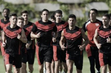 Jugadores en el entrenamiento de la mañana. Fotografía: Rayo Vallecano S.A.D