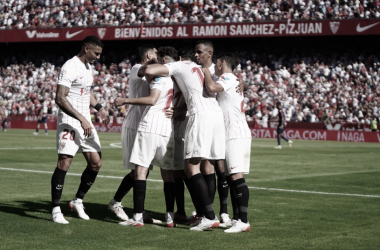 Los jugadores del Sevilla tras marcar gol / sevillafc.es