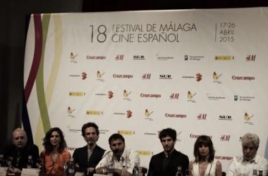 Todo el reparto de 'Sexo fácil, películas tristes' en Málaga. (Foto (sin efecto): Carlos Martínez. VAVEL).