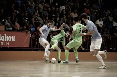 Imagen del torneo de Burela donde Santiago doblegó por 2-4 a Inter Movistar I Foto: Santiago Futsal