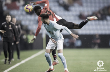 Brais Méndez y Williams disputando un balón | Fotografía: LaLiga