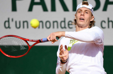 French Open Denis Shapovalov beats Gilles Simon in Round One