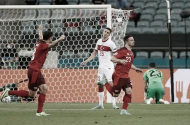 Suíça 3 a 1 Turquia (UEFA / Divulgação)