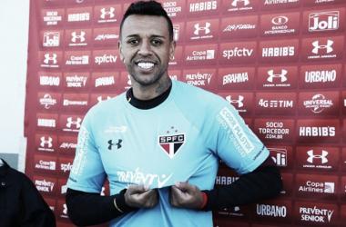 """Sidão é apresentado no São Paulo e comenta disputa por posição: """"Rogério está avaliando"""""""