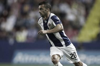 Simão Sabrosa durante un partido con el RCD Espanyol.