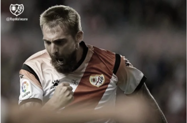 Saveljich celebrando su gol | Fuente: Rayo Vallecano S.A.D