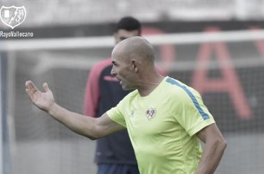 Paco Jémez en un entrenamiento frente al Lugo | Foto: Rayo Vallecano S.A.D.